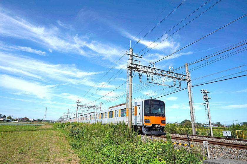 宮代町和戸駅付近の電車風景