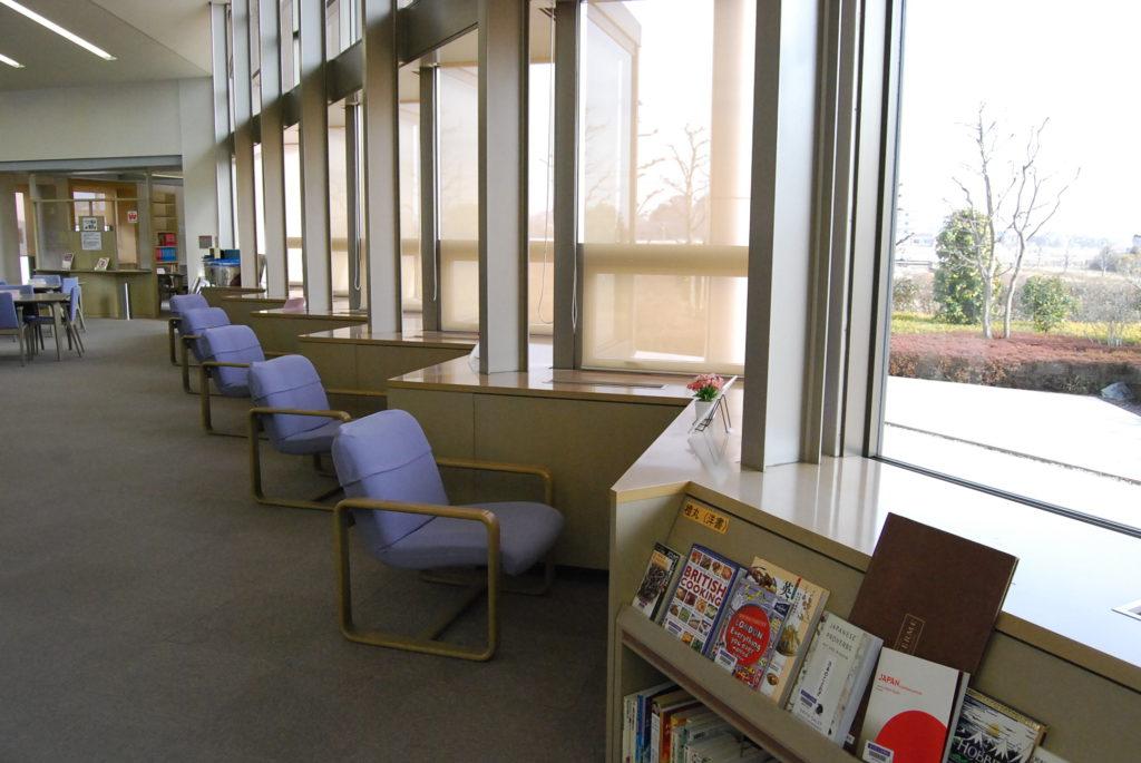 宮代町立図書館 読書スペース